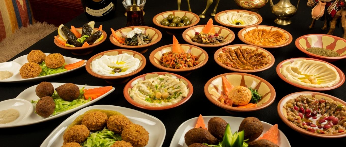 Arabian Restaurant Zenobia ·リア人シェフのつくるアラビア料理店です